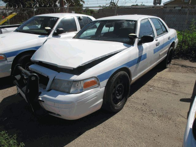 2001 Ford Crown Victoria 4dr Sedan Lx Click To See Full Size Photo Viewer